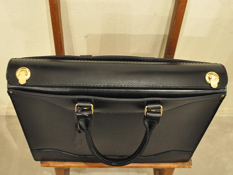 ビジネスバッグ黒 ポケット