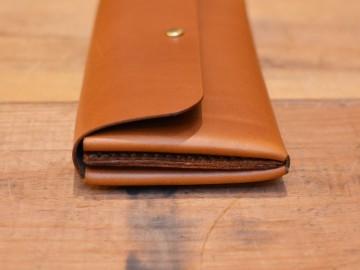 サドルプルアップ長財布