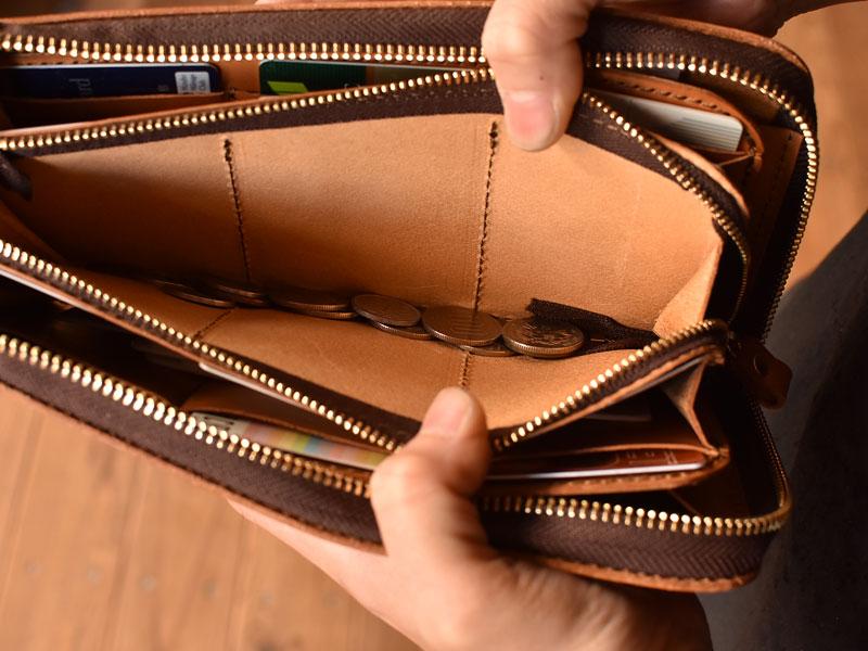 L字ファスナーの長財布 小銭収納
