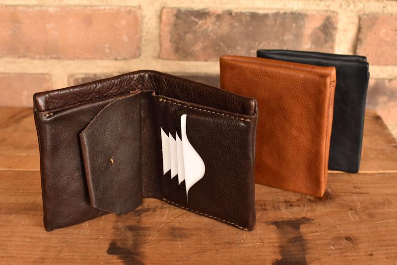 ユーフラテの二つ折り財布 ホックタイプ