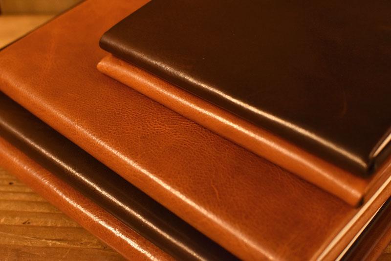 サイゴンで作ったブックカバーとノートケース