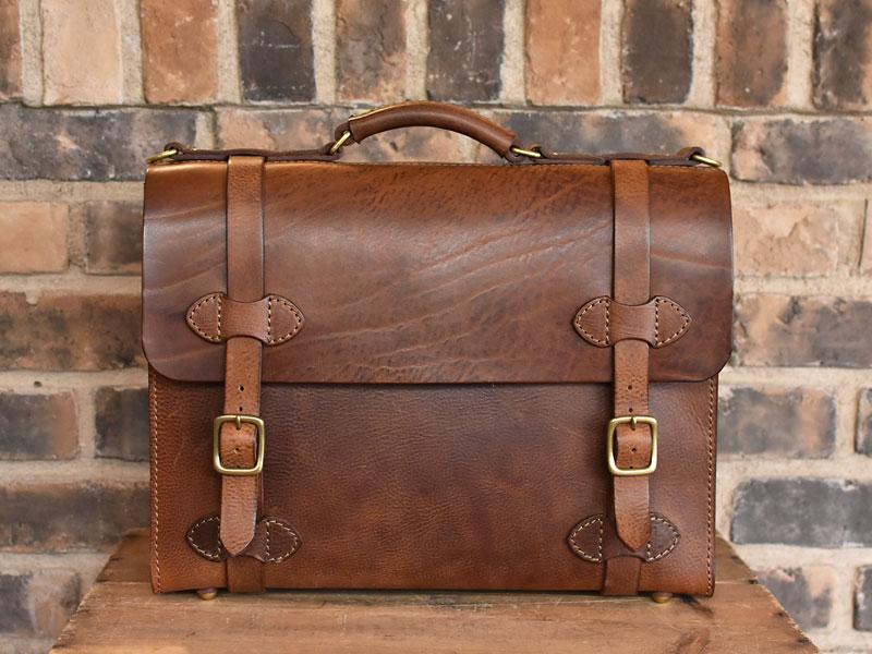 ミッスーリの書類鞄 A4サイズ