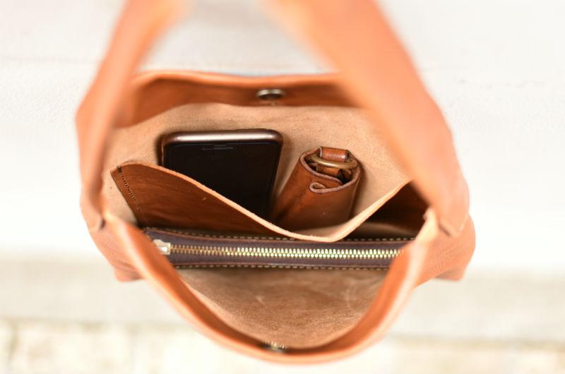 長財布横入れ