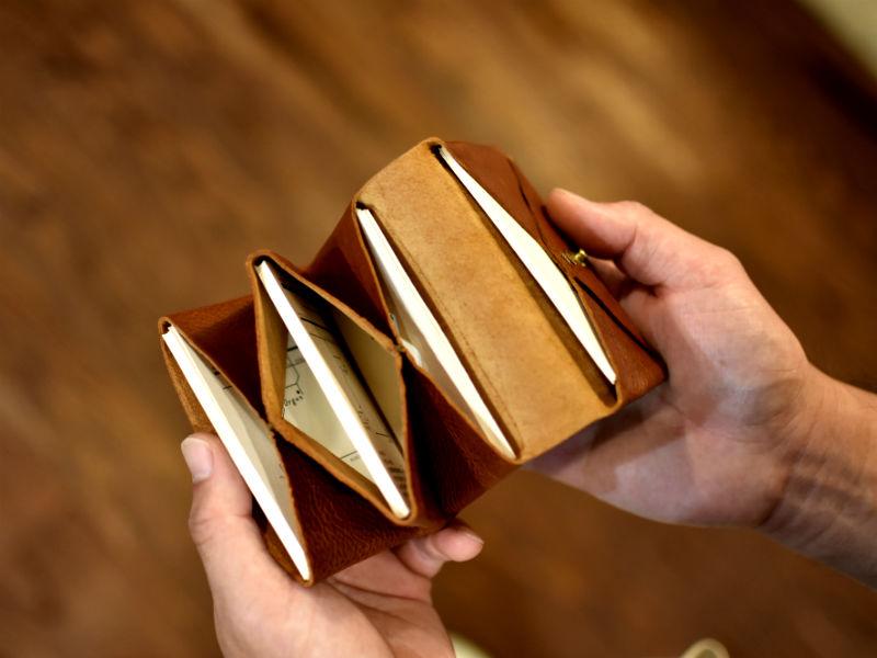 ユーフラテの4部屋カードケース