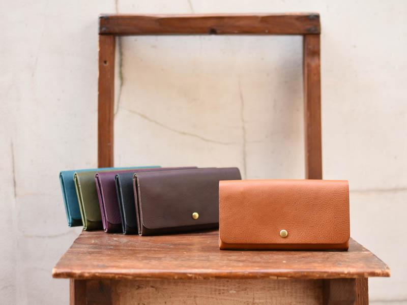 ミネルバボックス 小さい長財布