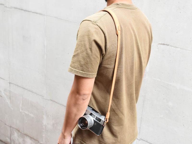 肩掛けカメラ