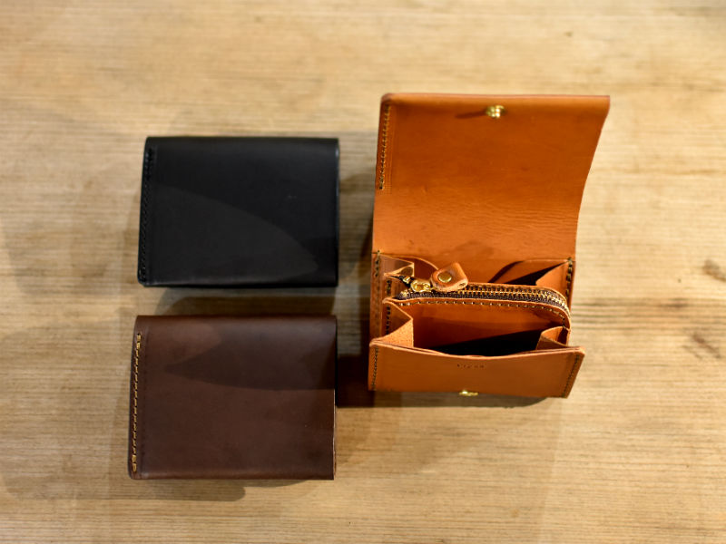 リスシオ 小型財布